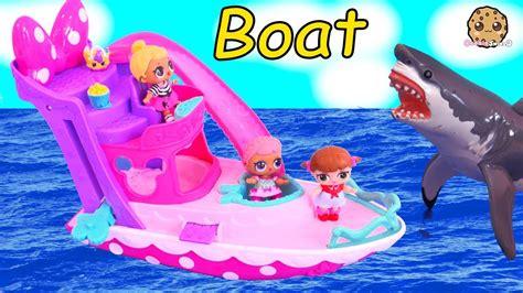 boat ride lol surprise baby dolls  ocean shark play
