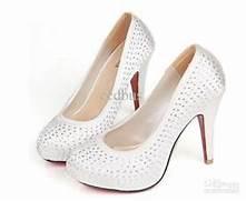 high heels size 2-3 ki...
