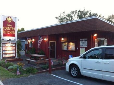 country kitchen restaurant locations exterior bild fr 229 n lanesboro berkshires tripadvisor 6133