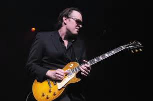 christmas photo albums auralex acoustics joe bonamassa
