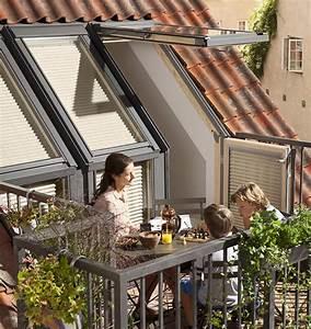 Dachfenster Mit Balkon Austritt : dachbalkon von velux mit serienm ig verbesserter w rmed mmung ~ Indierocktalk.com Haus und Dekorationen