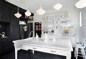 Black and white kitchens ideas photos inspirations for Kitchen colors with white cabinets with beauty shop wall art