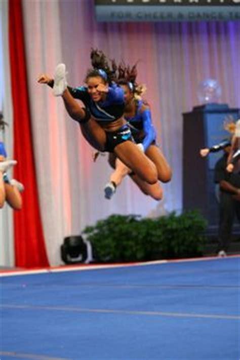 cheerleading jumps images cheerleading jumps