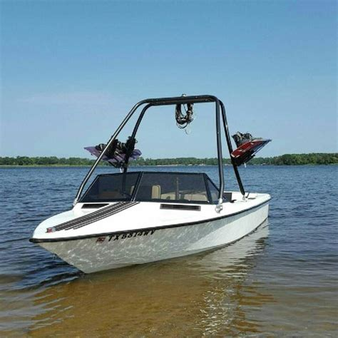 Lewis Ski Boat Reviews by 1979 Ski Supreme My First Ski Boat Boats Pinterest