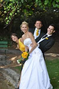 25 wedding photo ideas you need to try corel discovery With wedding picture pose ideas
