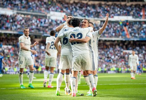 Then they move on to their real madrid teammates: Real Madrid Move Five Points Clear of Barcelona, Defeat Deportivo Alavés 3-0