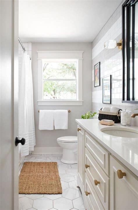 bathrooms  joanna gaines small bathroom diy