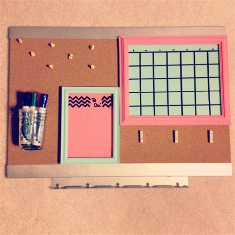diy college room bulletin board using picture
