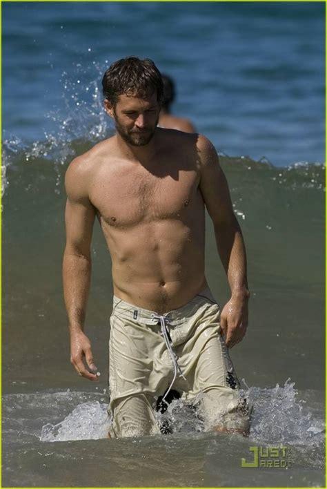 paul walker shirtless actor beach daily squirt male ass hunky dead justjared actors jasmine girlfriend gosnell pilchard bulge fuck sad