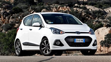 Hyundai Grand I10 Backgrounds by Hyundai I10 2013 Wallpapers And Hd Images Car Pixel