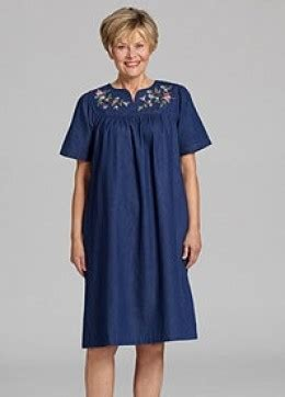 comfortable dusters housecoats and housedresses for