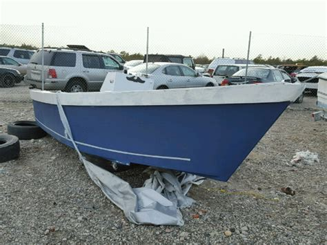 Boat Salvage Tennessee by Salvage Boats