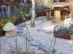 decoration jardin en pierre With pierre pour deco jardin