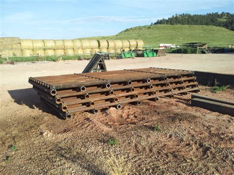 custom corrals gates corral fencing guards cattle