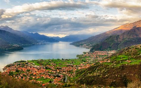 region lombardy lake como  northern italy landscape