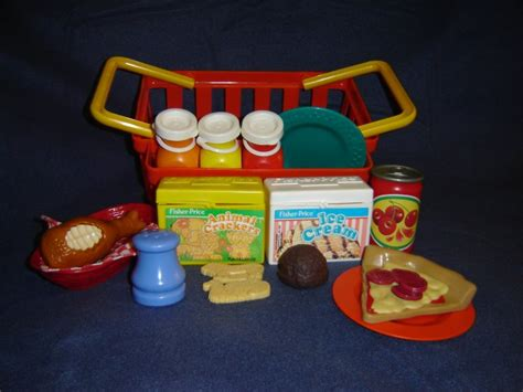 cuisine bilingue fisher price vintage fisher price pretend food chompin chicken