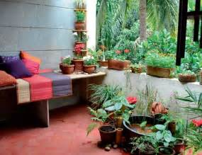 garden in apartment balcony