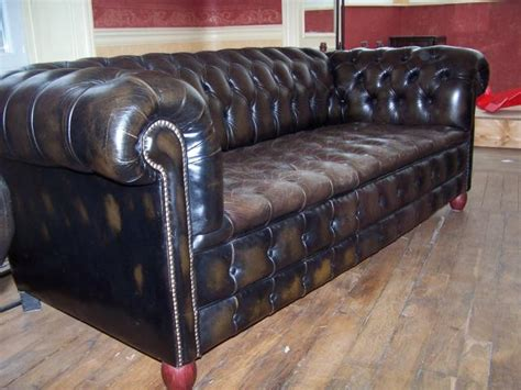 canapé chesterfield cuir occasion canape chesterfield 2 fauteuils ameublement maison la