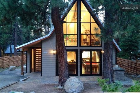 tahoe cabins for rent five cozy tahoe cabins for rent 7x7 bay area