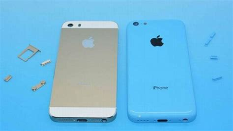 iphone 5c vs 5s iphone 5s and iphone 5c snapped side by side