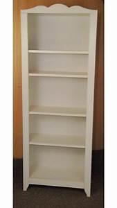 Ikea Kinderbett Hensvik : ikea hensvik children 39 s bookcase in white in wyke west yorkshire gumtree ~ Orissabook.com Haus und Dekorationen