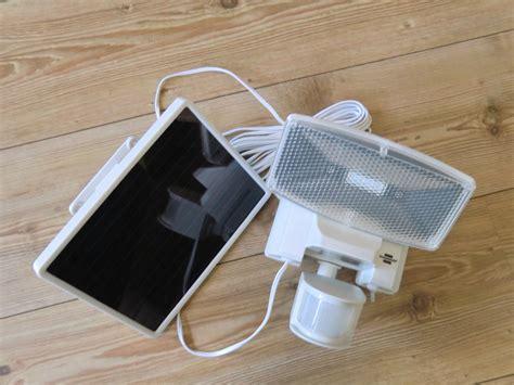 led solar strahler brennenstuhl sol80 plus solar led strahler im test