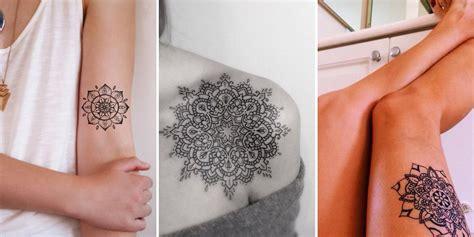 Mandala Papillon Tatouage