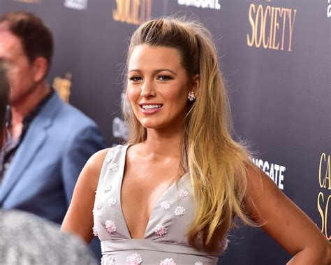 blake lively attends  friends wedding  giving birth