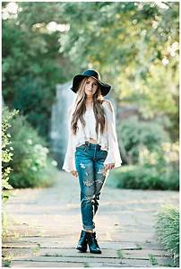 Outdoor Senior Pic Idea! Styled shoot - Hairstyle - Loose ...
