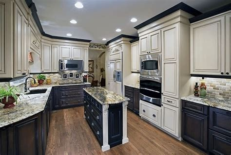 how to restain cabinets a different color kitchen cabinets two different colors
