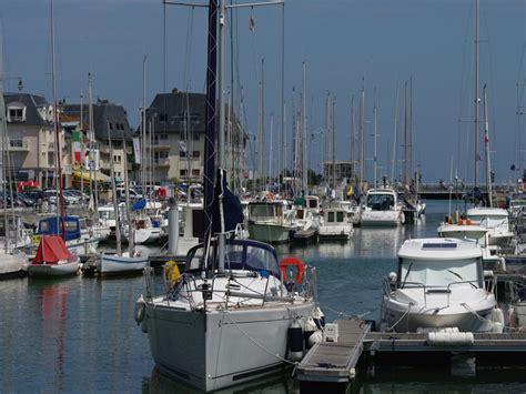courseulles sur mer harbour tourisme calvados