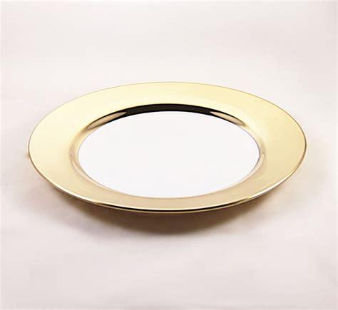piatti bicchieri posate il rustico set piatti piani oro tavola e cucina piatti