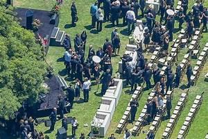 Intime Trauerfeier für Linkin-Park-Sänger Chester ...