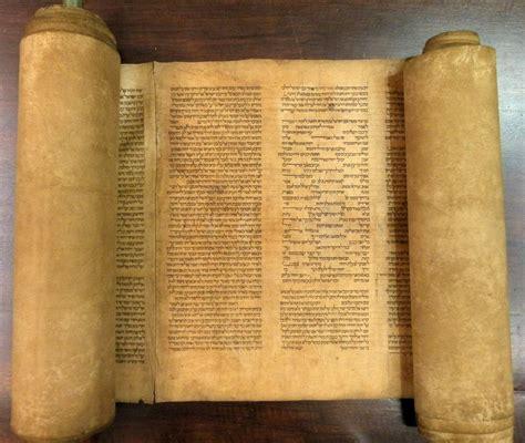 Libri Su Illuminati Libri Cultura Recensione I Manoscritti Perduti Degli