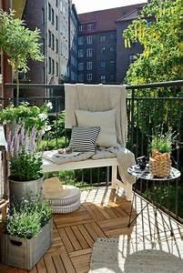 Kleinen Balkon Gestalten Günstig : die besten 17 ideen zu balkon gestalten auf pinterest ~ Michelbontemps.com Haus und Dekorationen