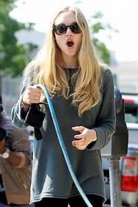 Amanda Seyfried Walking
