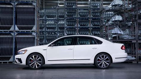 2018 Vw Passat Usa by Vw Promises A New Passat Is Coming To U S In 2019