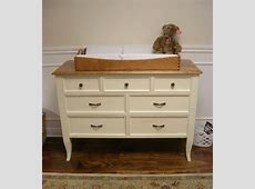 Benefits of Changing Table Dresser for Baby