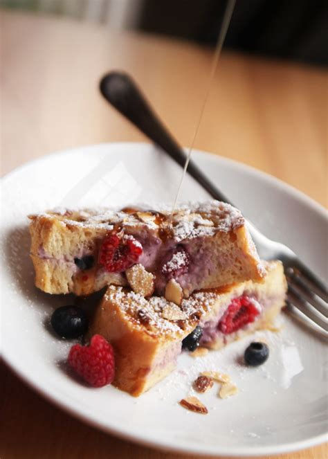 Stuffed French Toast Recipe With Berries Cream