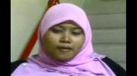 jilbab pamer toket gede xvideos