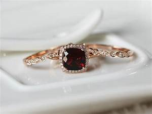 21 ideas for a gorgeous garnet wedding chic vintage With garnet wedding ring meaning