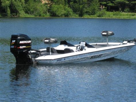 Bullet Boats by Bullet Bass Boats Images