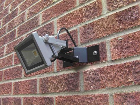 wall mounted floodlight bracket for 10 or 20 watt led