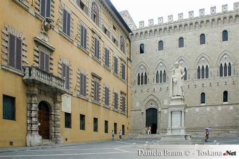 Sede Monte Dei Paschi Di Siena Siena La Citt 224 Palio Vacanze In Toscana Guida