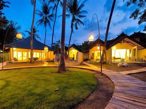 Lilin Lovina Beach Hotel (bali)