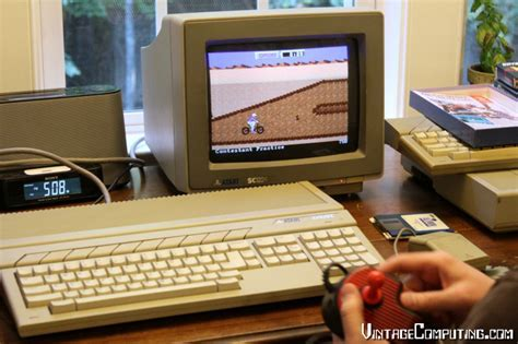 VC&G   » [ Snapshots ] Dinner with the Atari 1040STF
