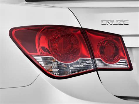 image  chevrolet cruze  door sedan ls tail light