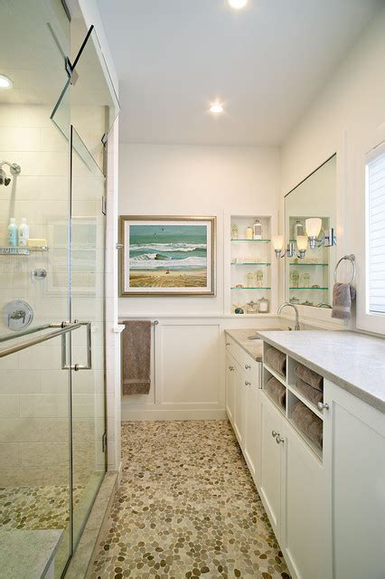 amagansett beach retreat beach style bathroom