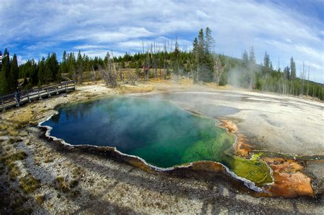 beneath yellowstone  volcano   wipe