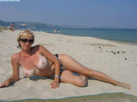 Milf Ramona Nackt Am Strand – Private Nacktfotos